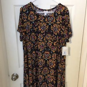 NEW LuLaRoe Carly dress - Black pattern